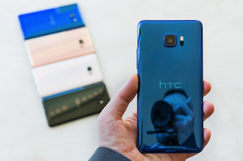 U Ultra و U Play خوب نمیفروشند. اوضاع نابسامان HTC