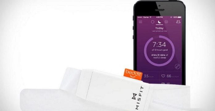 اپل شرکت تحلیل خواب Beddit را خریداری کرد