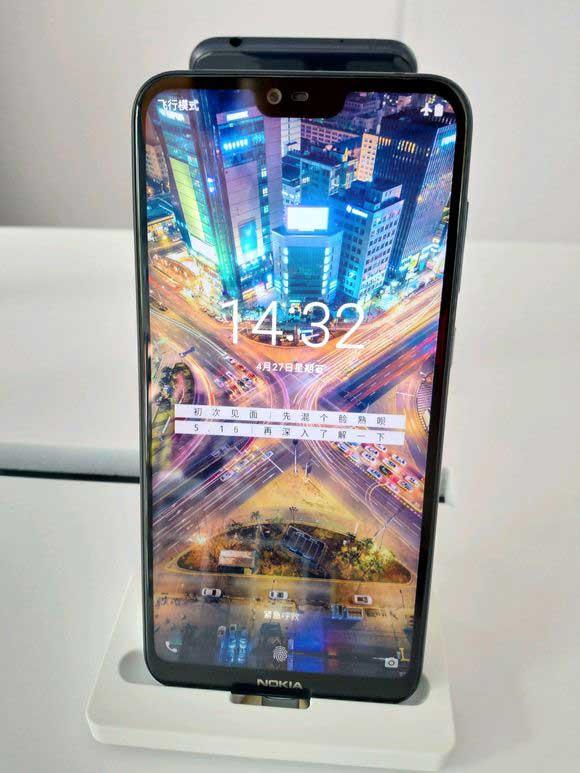 Nokia X6 را زودتر از رونمائی از نزدیک ببینید!