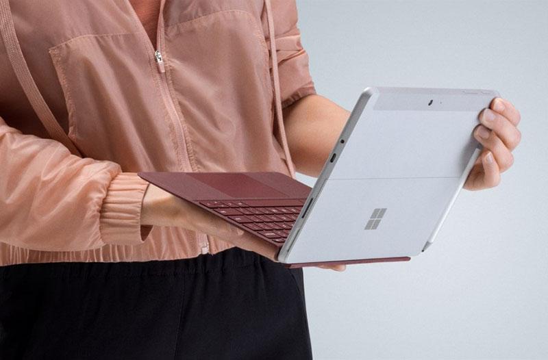 معرفی تبلت سرفیس Go مایکروسافت فقط 399 دلار!معرفی تبلت سرفیس Go مایکروسافت فقط 399 دلار!
