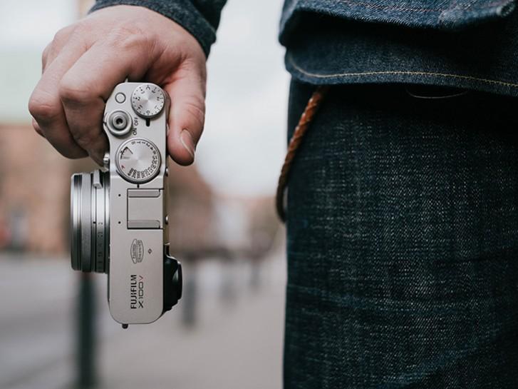 Fujifilm X100V دوربین رویایی 1,400 دلاری!