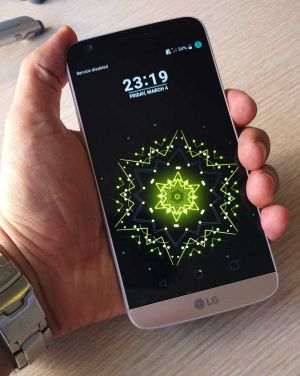 LG-G5-hands-on-in-iran-19