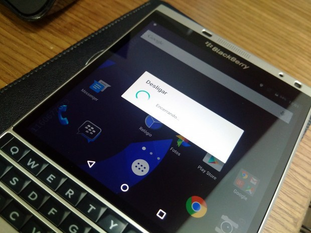 BlackBerry - بلک بری سیلور ادیشن با اندروید