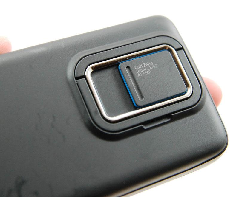 نوکیاهای بعدی HMD با لنز کارل زایس میآیند؟