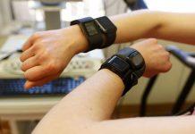 ساعت هوشمند و دستبندها کالری را درست اندازه نمیگیرند!