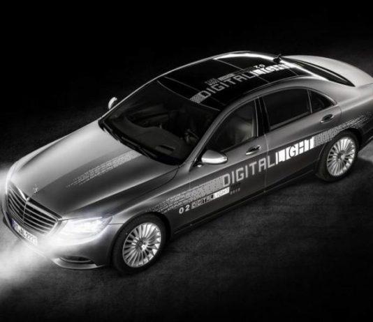 فناوری نور بالای مرسدس بنز که چشم راننده روبرو را خیره نمیکند