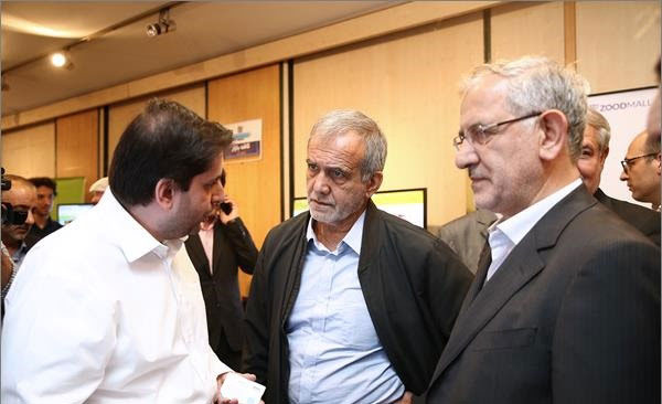 نمایندگان مجلس با خدمات شاتل موبایل آشنا شدند