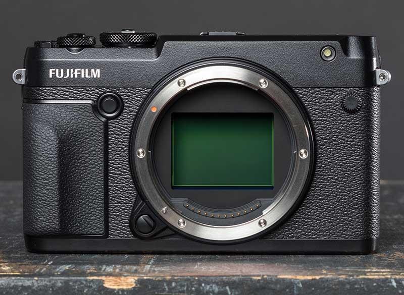 فوجیفیلم GFX 50R دوربین مدیوم فرمت با قیمت فوقالعاده!