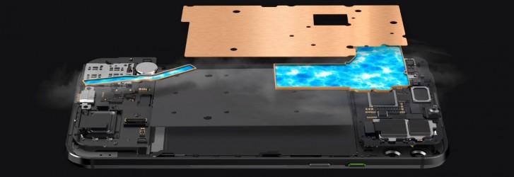 بلک شارک 2 آمد گوشی مخصوص بازی 6.39 اینچی