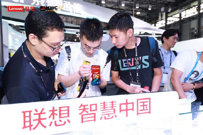 لنوو Z6 Pro 5G آمد: نسل پنجم با بخش پشتی شفاف